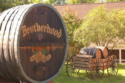 Woodbury Commons & Brotherhood Winery