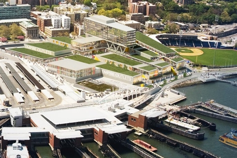 Empire Outlets & Staten Island