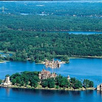 Castles of the 1,000 Islands at the Riveredge
