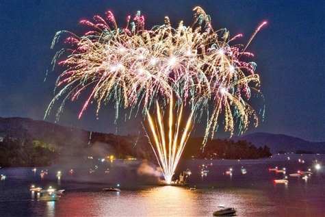 Lake George Fireworks Dinner Cruise
